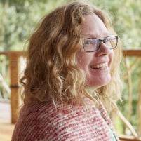 Joanne Stone Profile Pic