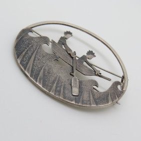sailing the seas brooch