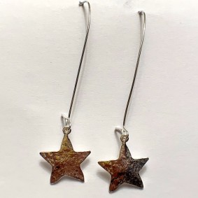 Hammered star with long ear wire