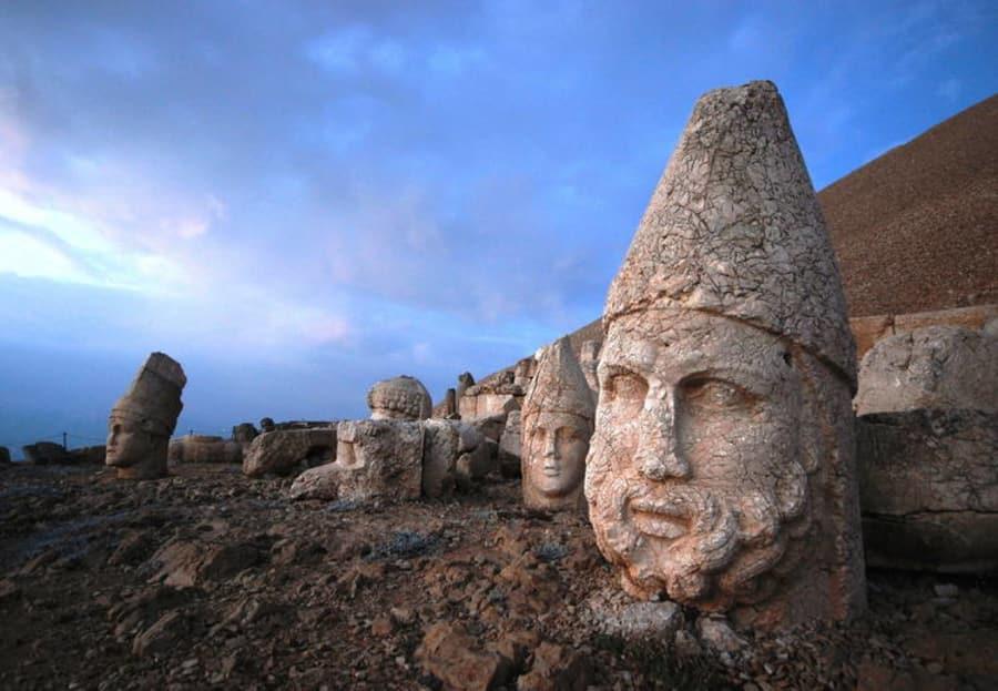 UNESO - Türkiye Kültür Mirası - Nemrut Dağ