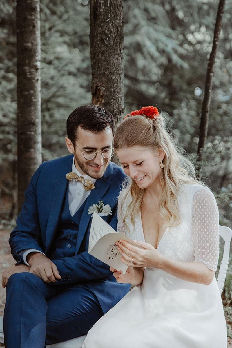 Inspiration de mariage éco-responsable et (presque) zéro déchets : Une cérémonie laïque intimiste en Ardèche