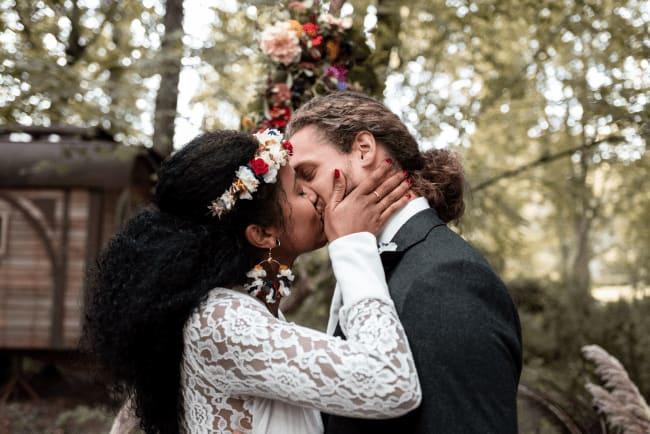 Inspiration éco-responsable &  exotique :  Un mariage haut en couleurs