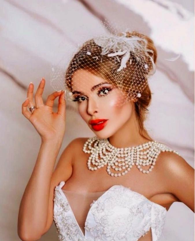 Алена Кравец объяснила, почему до сих пор не развелась с мужем