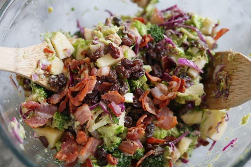 no-mayo-broccoli-salad aip
