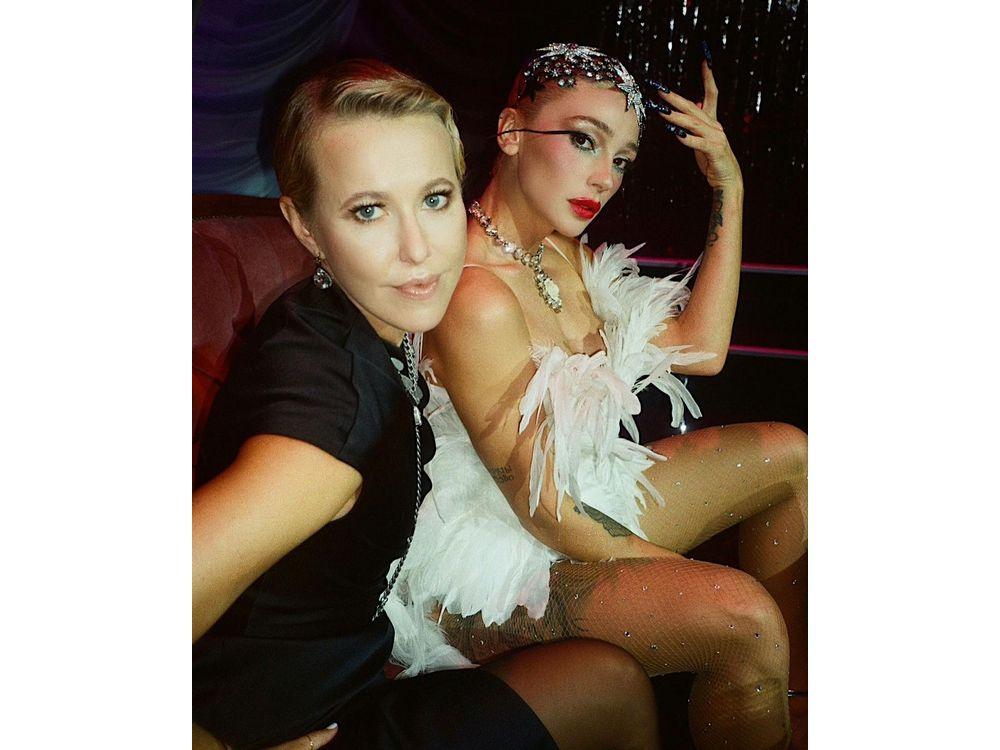 Настя Ивлеева рассказала, как чувствует себя после развода и поцелуя с Собчак