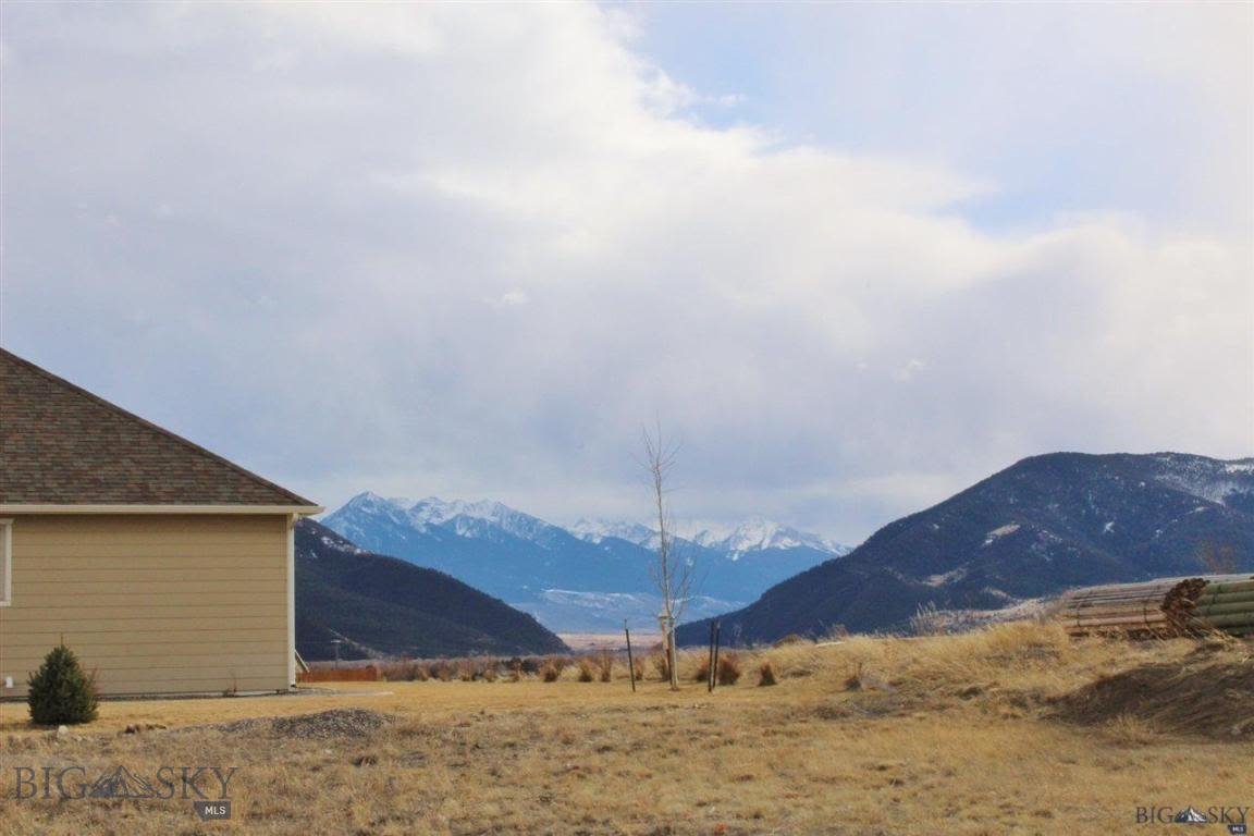 1121 Ridgeview Trail Livingston