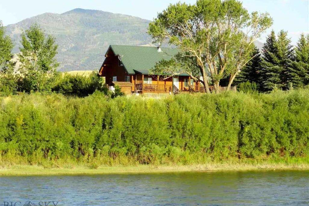 10 River Livingston