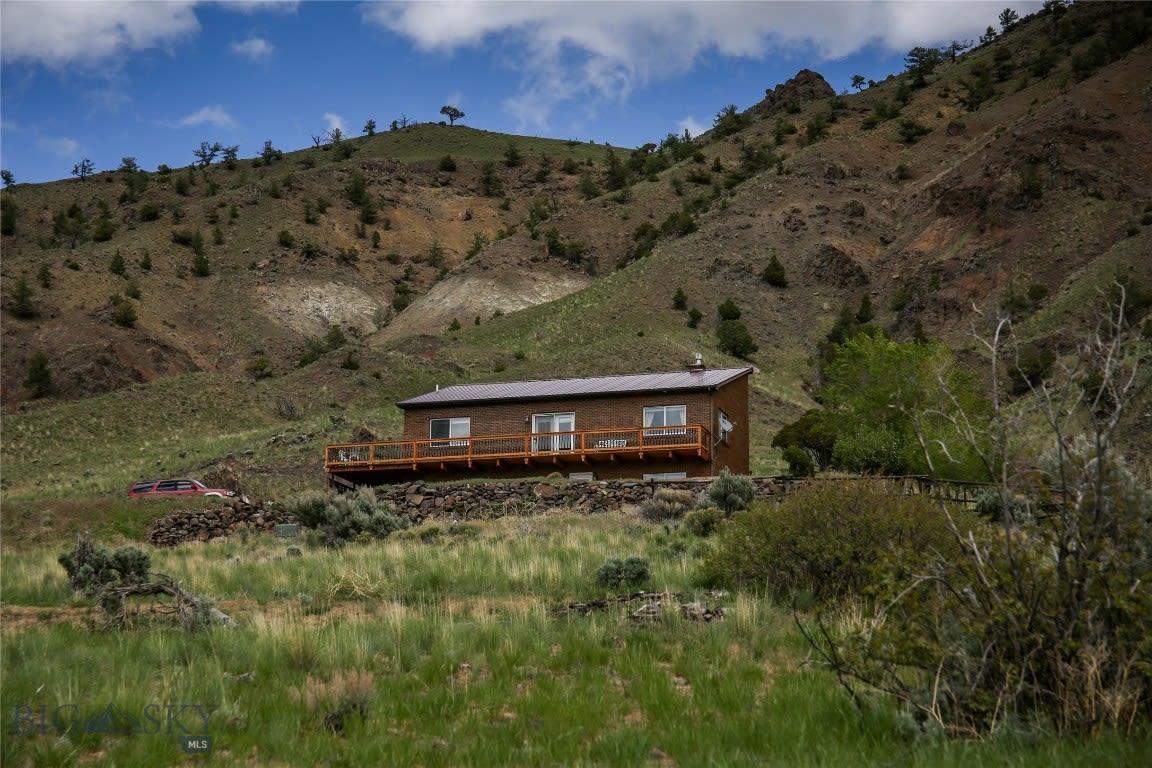 4 Saddle Ridge Gardiner