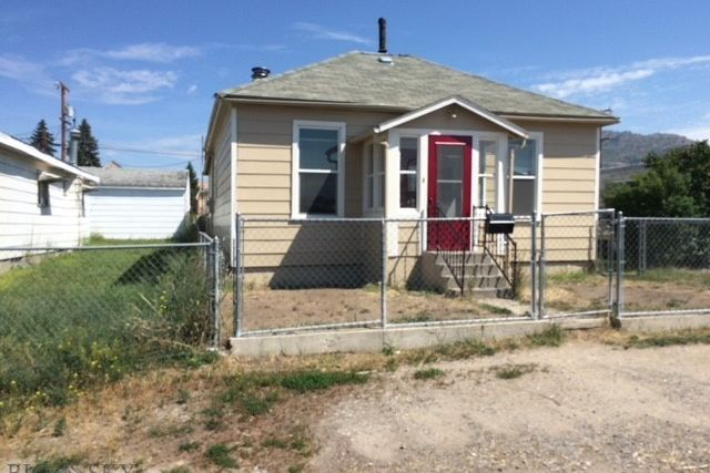 2211 Silver Bow Butte