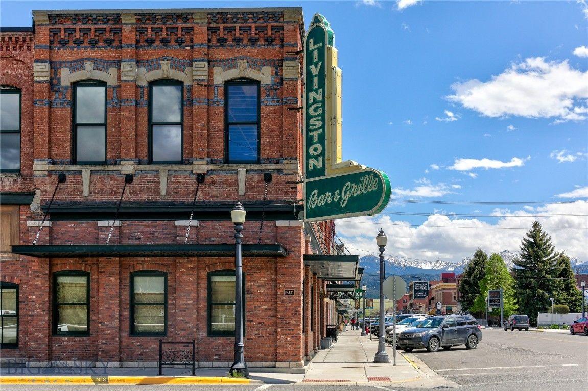 130 N Main Livingston