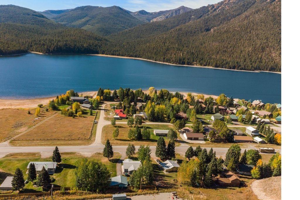 11373 Hebgen Lake West Yellowstone