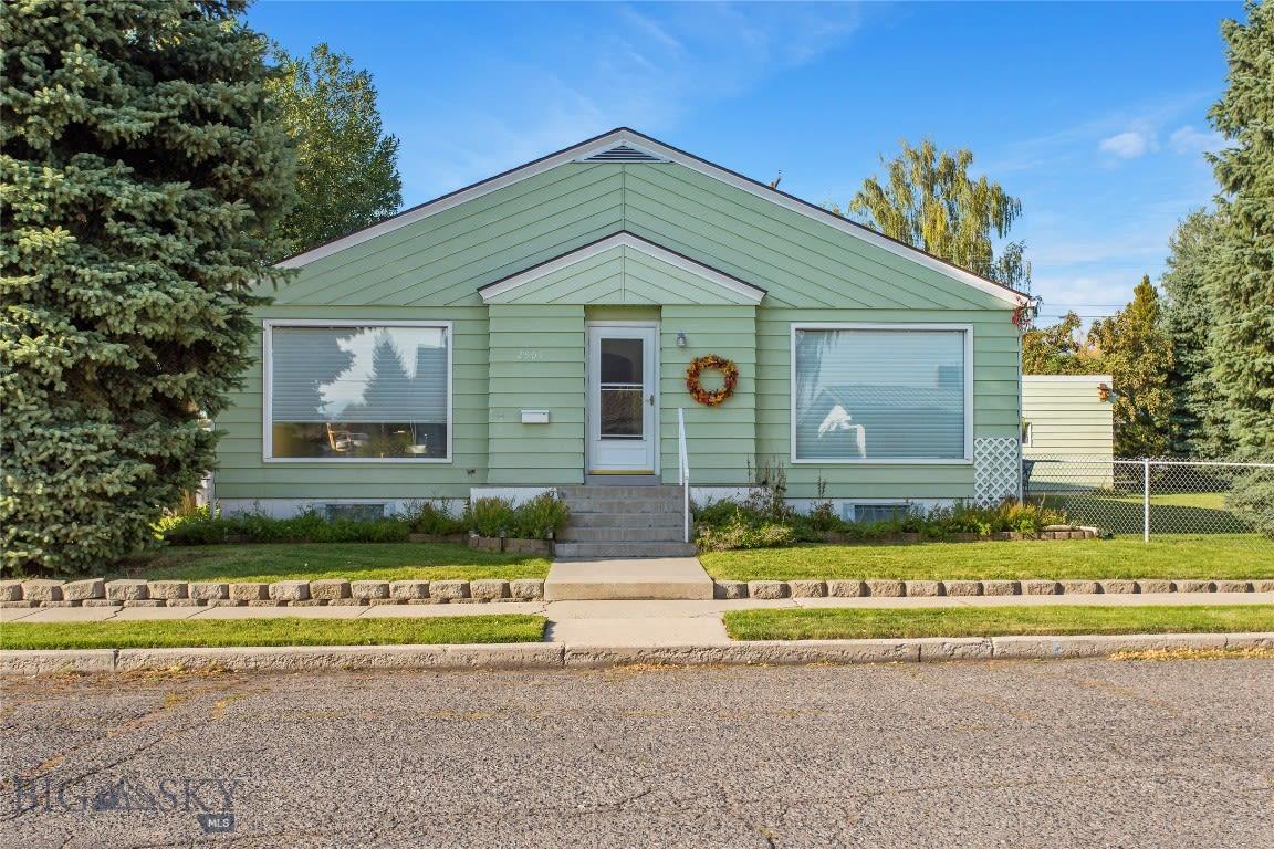2901 Edwards Butte