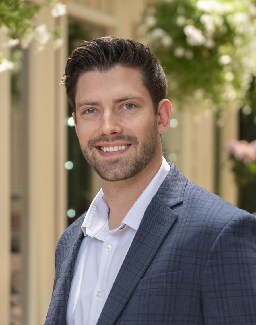 Eric Abrahamovich Aspen Colorado Real Estate Broker