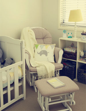 promo code fc9f4 eb6d9 The 5 Best Glider Nursery Chairs: Mom's Choice