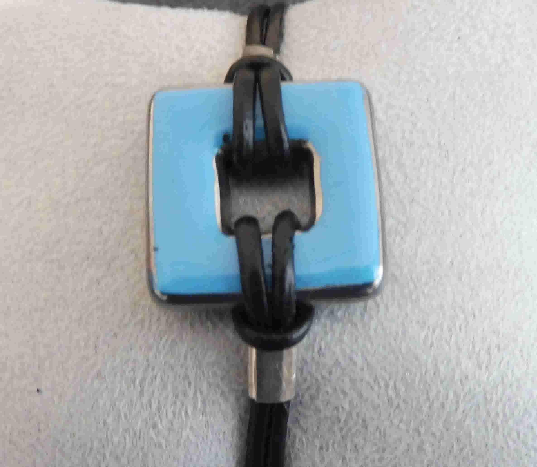 Bracelet bleu uni