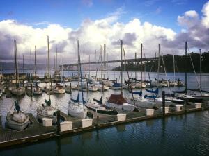 Oakland Marinas