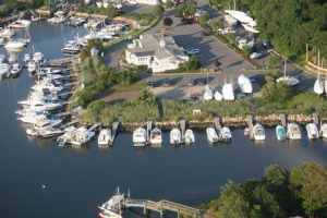 Brewer Fiddler's Cove Marina
