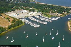 Brewer Yacht Yard at Greenport
