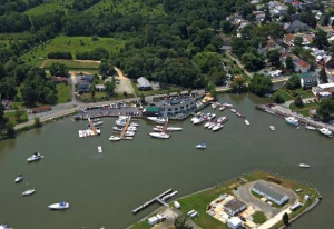 Chesapeake Inn & Marina
