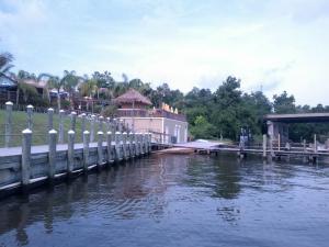 Pier 7 Resort Marina