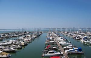 Sandusky Harbor Marina