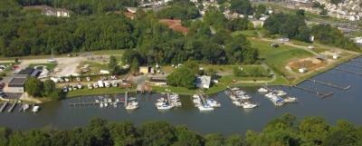 Middle River Landing Marina