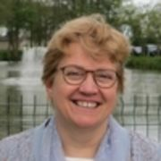 Dr. Mia Dujardin