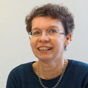 Dr. Yolanda Pil
