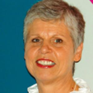 Dr. Vera Leyssens