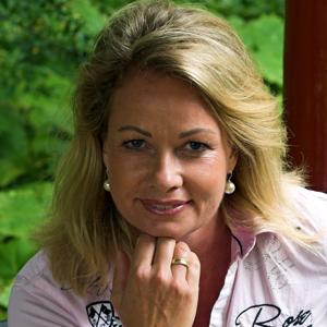 Dr. Kerstin Holz