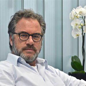 Dr. med. Peter Avelini