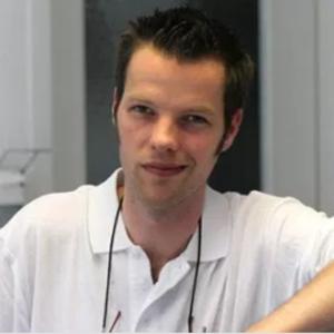 Dr. Tim Lichte
