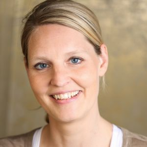 Carolyn Hahne