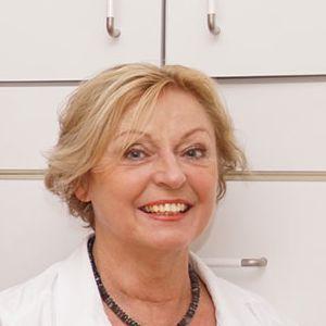 Dipl.-Med. Christine Müller