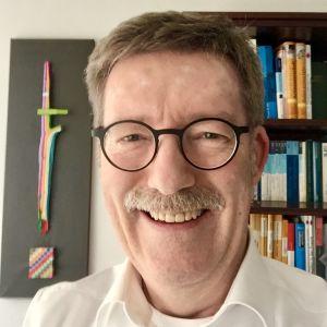 Dr. Guy Heiser