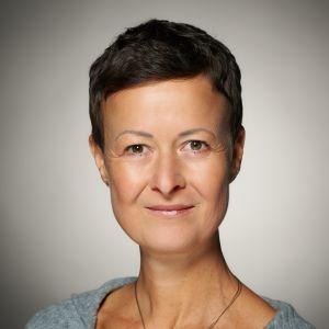Yvonne Knaus