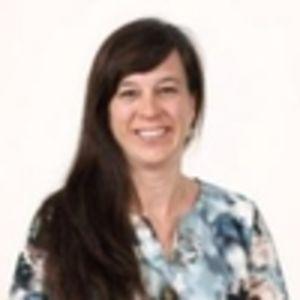 Dr. Caroline Maes