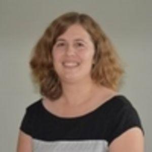Dr. Lisenka Froyen