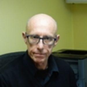 Dr. Dirk Scheire