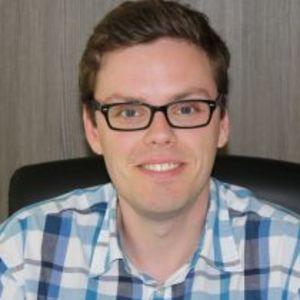 Dr. Mathias Viaene