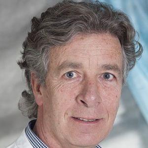 Dr. Tom Faber