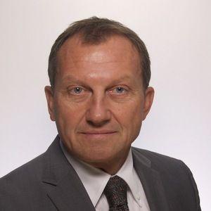 Dr. Raymond Beck
