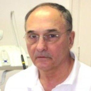 Dr. Daniel Delabrousse
