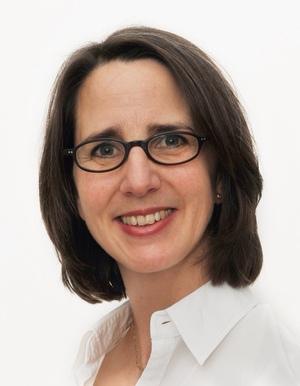 Dr. Claudia Hillen-Albert