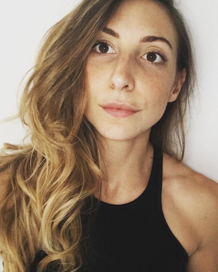 Alicia DANIEL Masseur Kinsithrapeute Paris Prenez RDV En Ligne