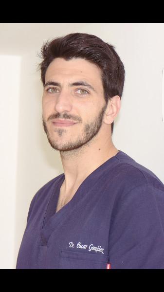 Dr Oscar GONZALEZ SANGUINO Chirurgien Dentiste A Saint Python