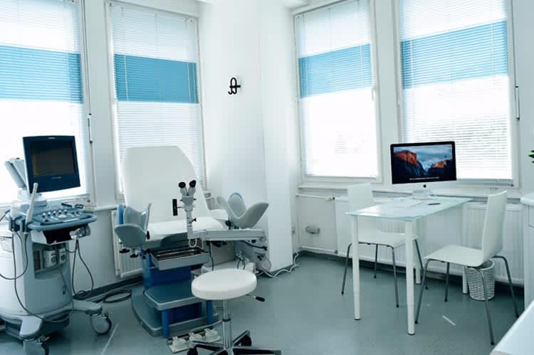 Beim Frauenarzt in Deutschland
