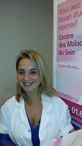 Sandra au cabinet medical 5