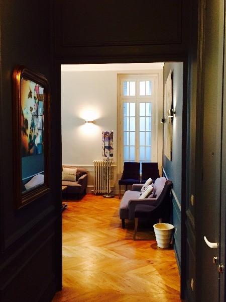 dr christiane ermish chirurgien plasticien et esth tique paris matoury. Black Bedroom Furniture Sets. Home Design Ideas