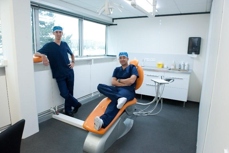 Cabinet dentaire du dr ouzen cabinet dentaire v lizy - Cabinet dentaire issy les moulineaux ...
